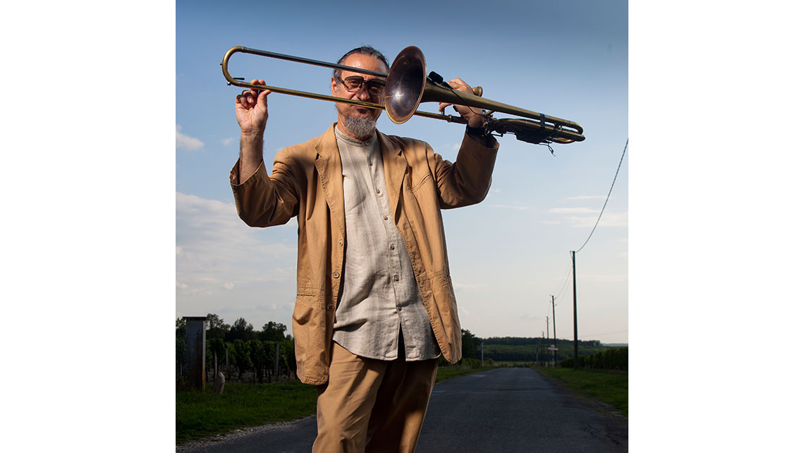 Glen Ferris, tromboniste avant son concert à Jaz and Wine ; © Richard Nourry