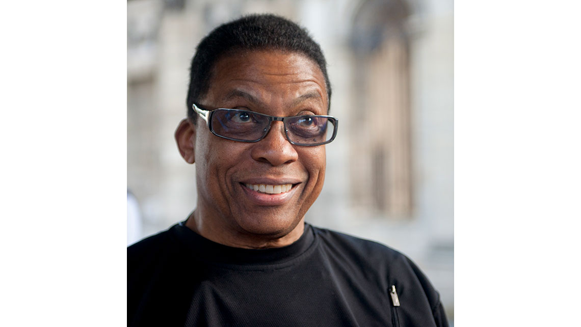 Portrait de Herbie Hancock à Jazz and Wine - Bordeaux ; © Richard Nourry