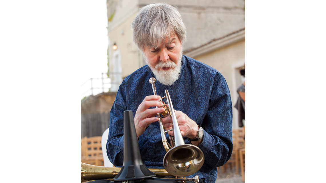 Portrait de Tom Harrell avant son concert à Jazz and Wine ; © Richard Nourry